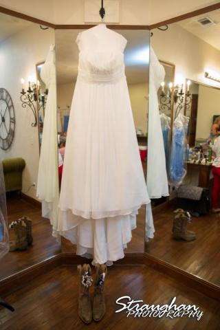 Lindsey and Tommy's Wedding, Boulder Springs dress