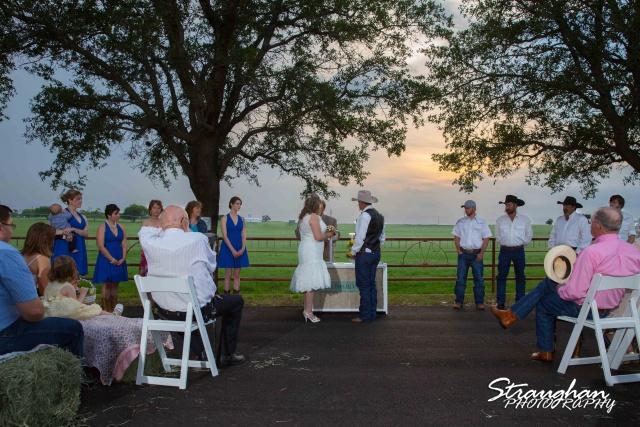 woode's wedding poteet, bride and groom 1