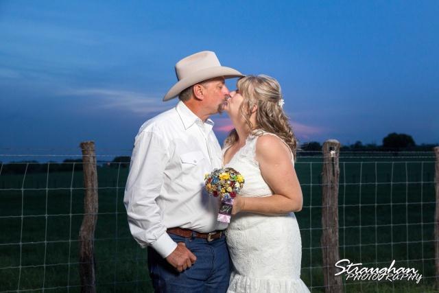 woode's wedding poteet, bride and groom