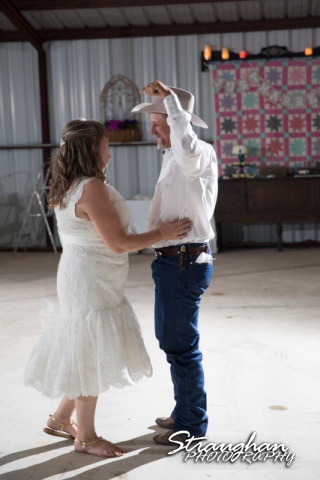 woode's wedding poteet, first dance2