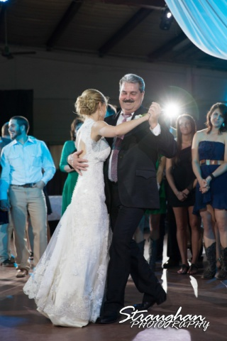 Wills wedding San Antonio, Country gold father daughter dance