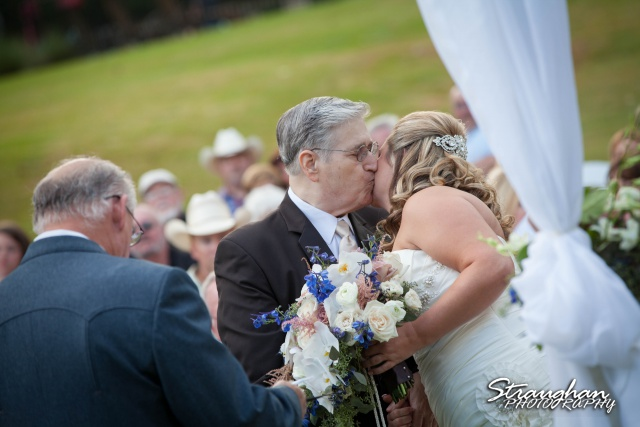 Angie wedding Marriott New Braunfels dad's kiss