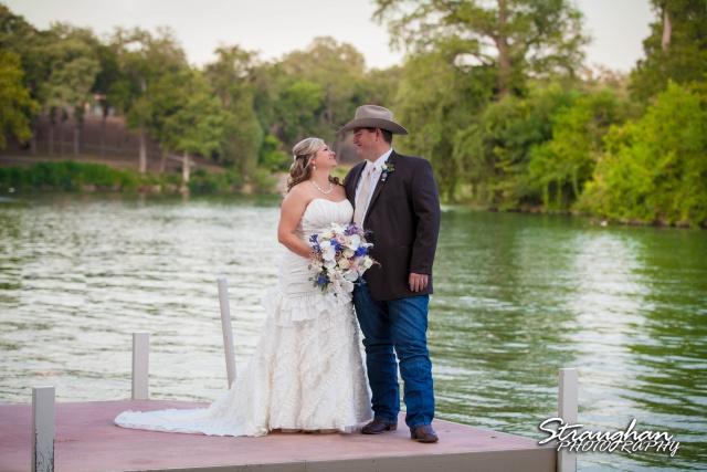 Angie wedding Marriott New Braunfels couple on the dock