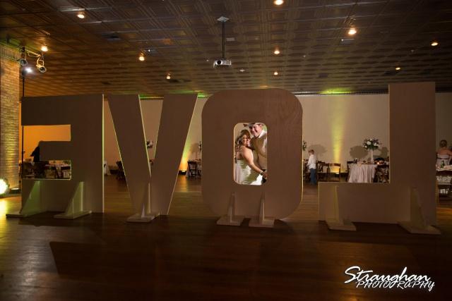 Angie wedding Seekats New Braunfels last dance