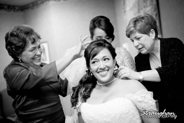 Anna wedding riverwalk San Antonio the viel