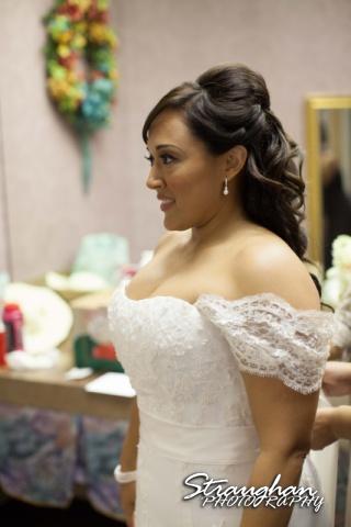 Anna wedding riverwalk San Antonio looking in the mirror