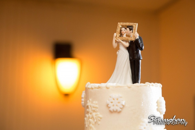 Chris Wedding Comfort Cathedral cake topper