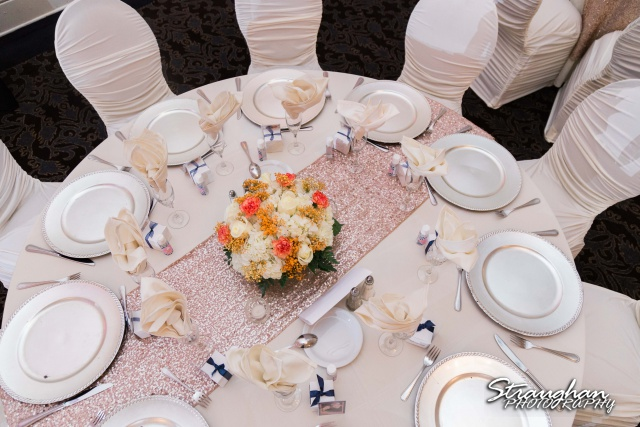 Amanda -Joey wedding Sheraton Gunter centerpiece