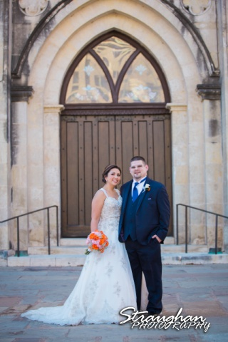 Amanda -Joey wedding San Fernando Cathedral the doors and couple