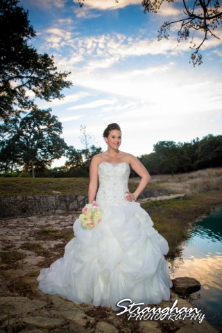 Ashton's Bridal sitting Kendall Plantationby the pond