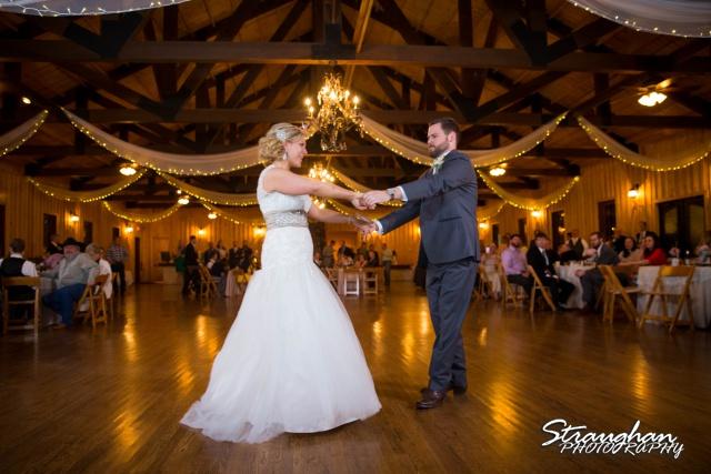Pat wedding Bella Springs first dance