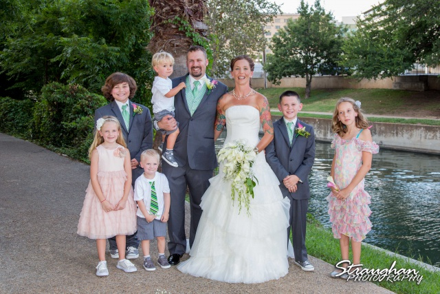 Sheehan wedding Inn on the riverwalk all the kids