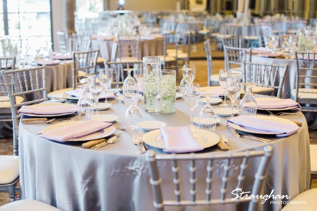 Allison + Steven wedding at the Club at Sonterra tablescape