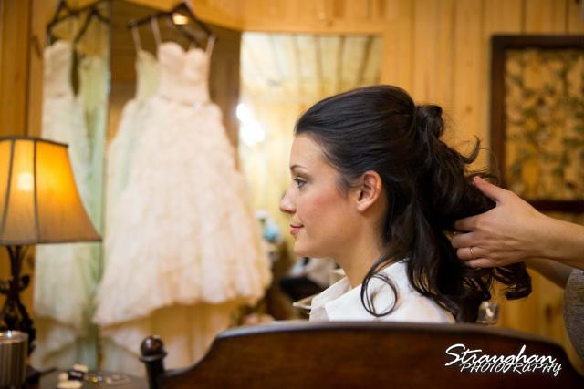 Brittney wedding Stonehaven Boulder Springs getting ready