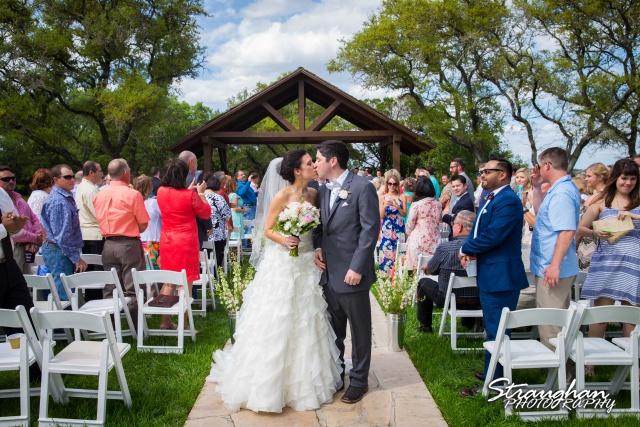 Brittney wedding Stonehaven Boulder Springs big kiss