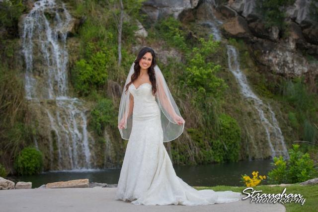 Britny's Bridal the lodge at bridal veil falls on the pad