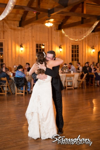 Chelsie wedding bounder springs father daughter dance hug