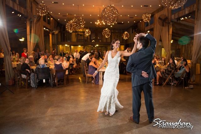 Clarissa wedding Vista West Ranch first dance