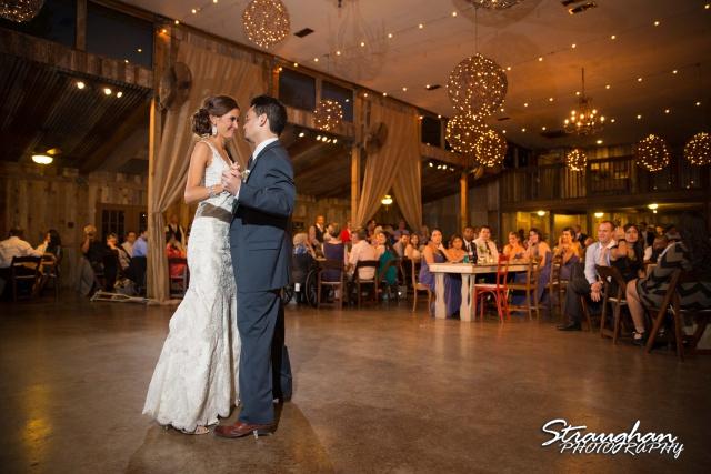 Clarissa wedding Vista West Ranch first dance 2