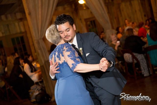 Clarissa wedding Vista West Ranch moms dance