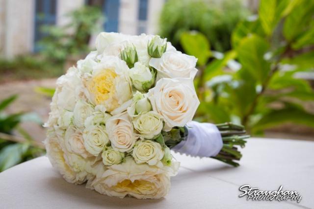 Carly's wedding Southwest School of Art flowers