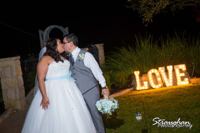 Cheyenne wedding the Springs Boerne love kiss