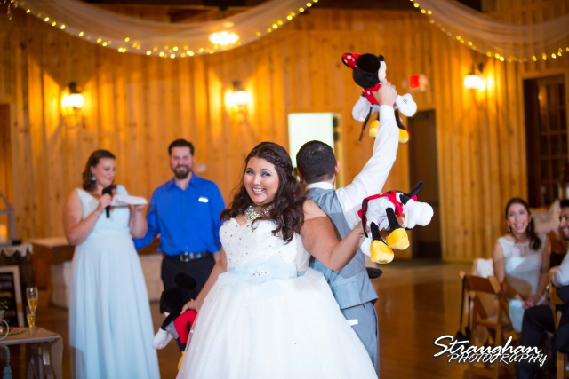 Cheyenne wedding the Springs Boerne toasts minie