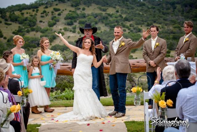 Samantha wedding Happy H Ranch exit