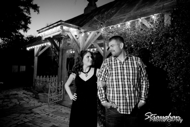 Jackie Engagement Gruene in front of gazebo black and white