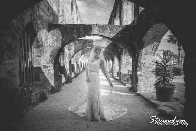 Gretchen bridal Mission San Jose bw arches