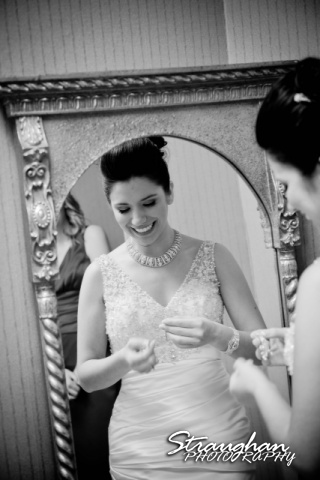 Inez San Antonio Wedding in the mirror