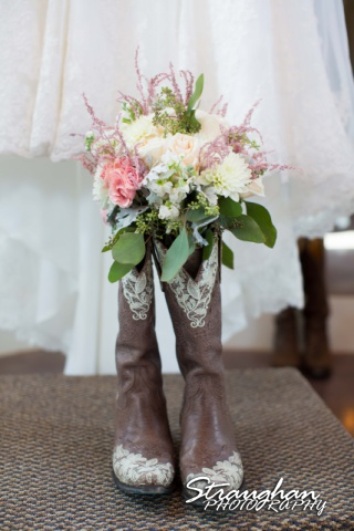 Blais_Jessica wedding the Lodge at Bridal Veil Falls bouquet boots