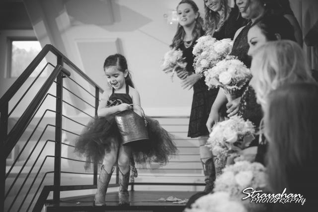 Blais_Jessica wedding the Lodge at Bridal Veil Falls flower girl