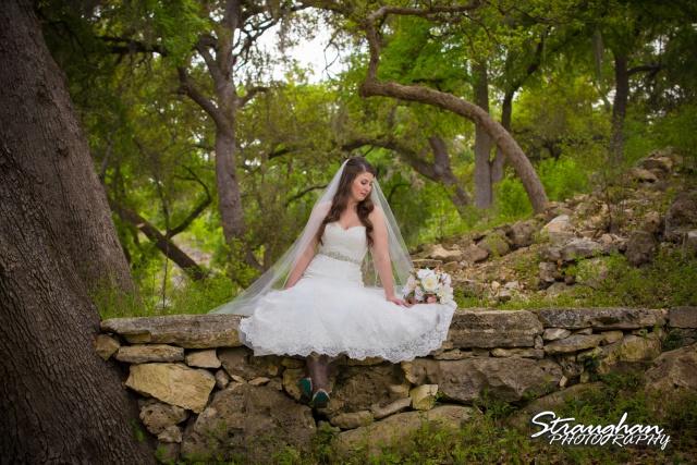 Jessica bridal sitting the Lodge at Bridal Veil Falls
