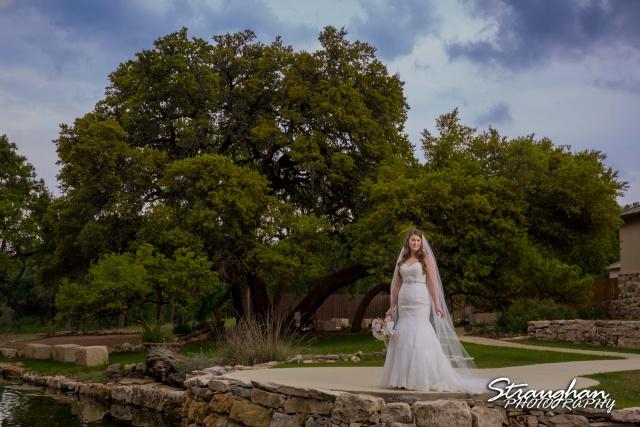 Jess Birdy Bridal the Lodge at Bridal Veil Falls big tree