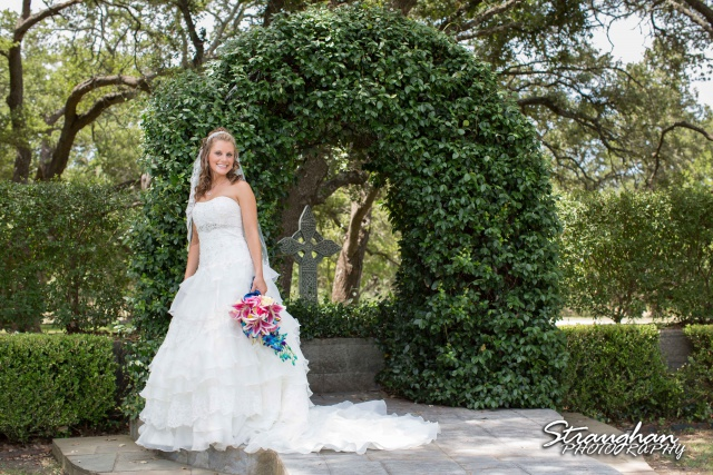 Jazmine Bridal Castle Avalon by the arch