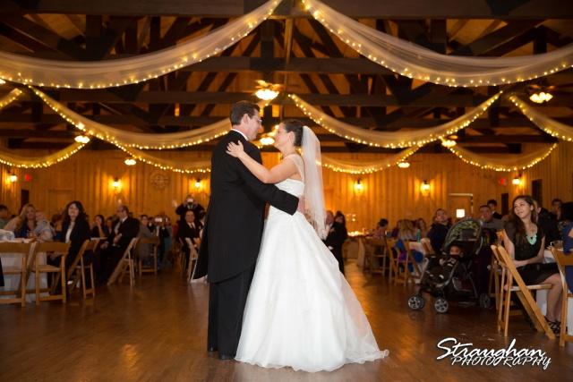 Wedding Bella Springs Jennifer first dance