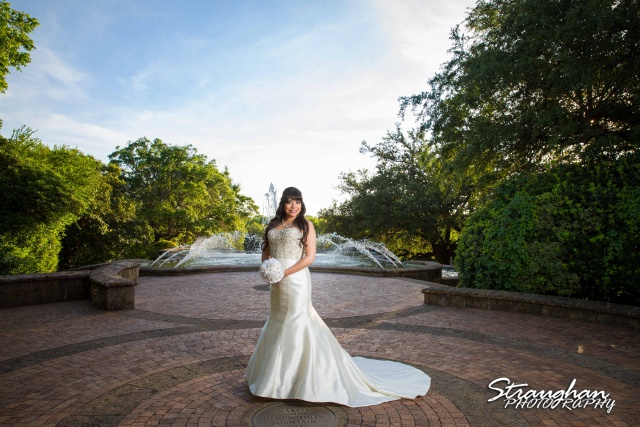 Jessica M's Bridal McNay Art Museum fountian