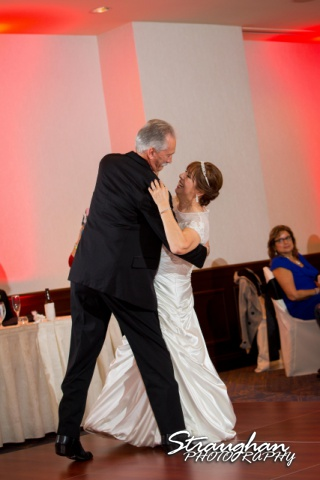 Maria Cowan reception The hotel Contessa bench first dance