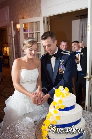 Jazmine's wedding Omni de la Mansion cake photo bombers