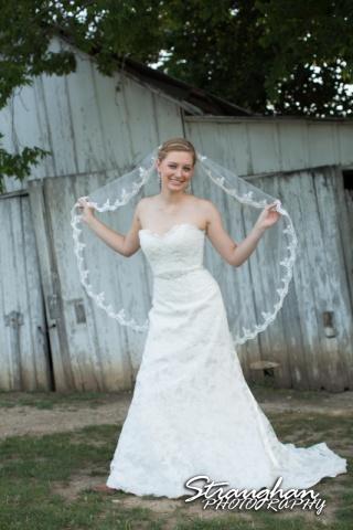 Katie bridal Gruene wood wall veil