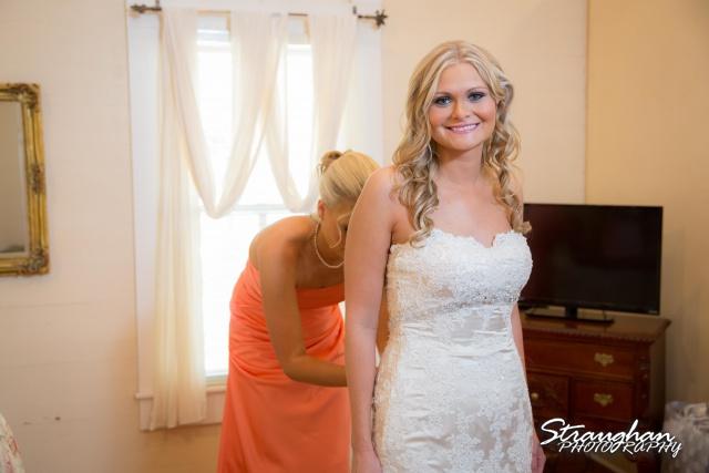 Kelley wedding St Peter's Boerne Ye Kendall Inn getting ready