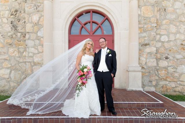 Kelley wedding St Peter's Boerne Ye Kendall Inn couple at sunset