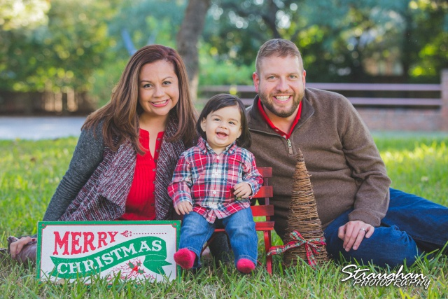 ODonnell family christmas photos on the ground