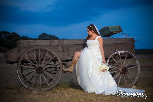 Krystle bridal The 1850 Settlement on the wagon