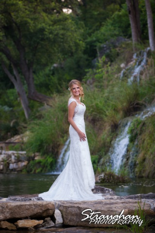 Karissa's bridal portraits the Lodge a Bridal Veil Falls front of falls