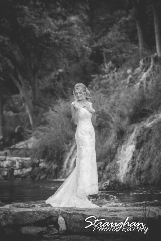 Karissa's bridal portraits the Lodge a Bridal Veil Falls bw in front of falls