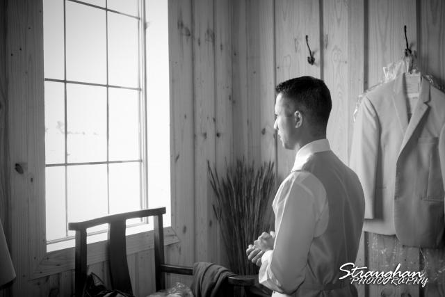 Kristan's wedding Bella Springs Boerne ray waiting