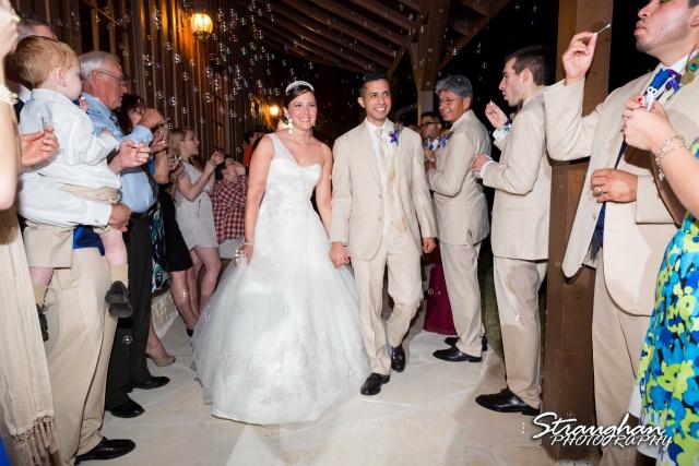Kristan's wedding Bella Springs Boerne exit
