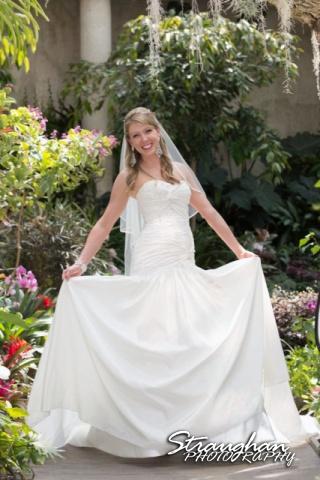 Kelli bridal San Antonio Botanical Gardens in the garden fun
